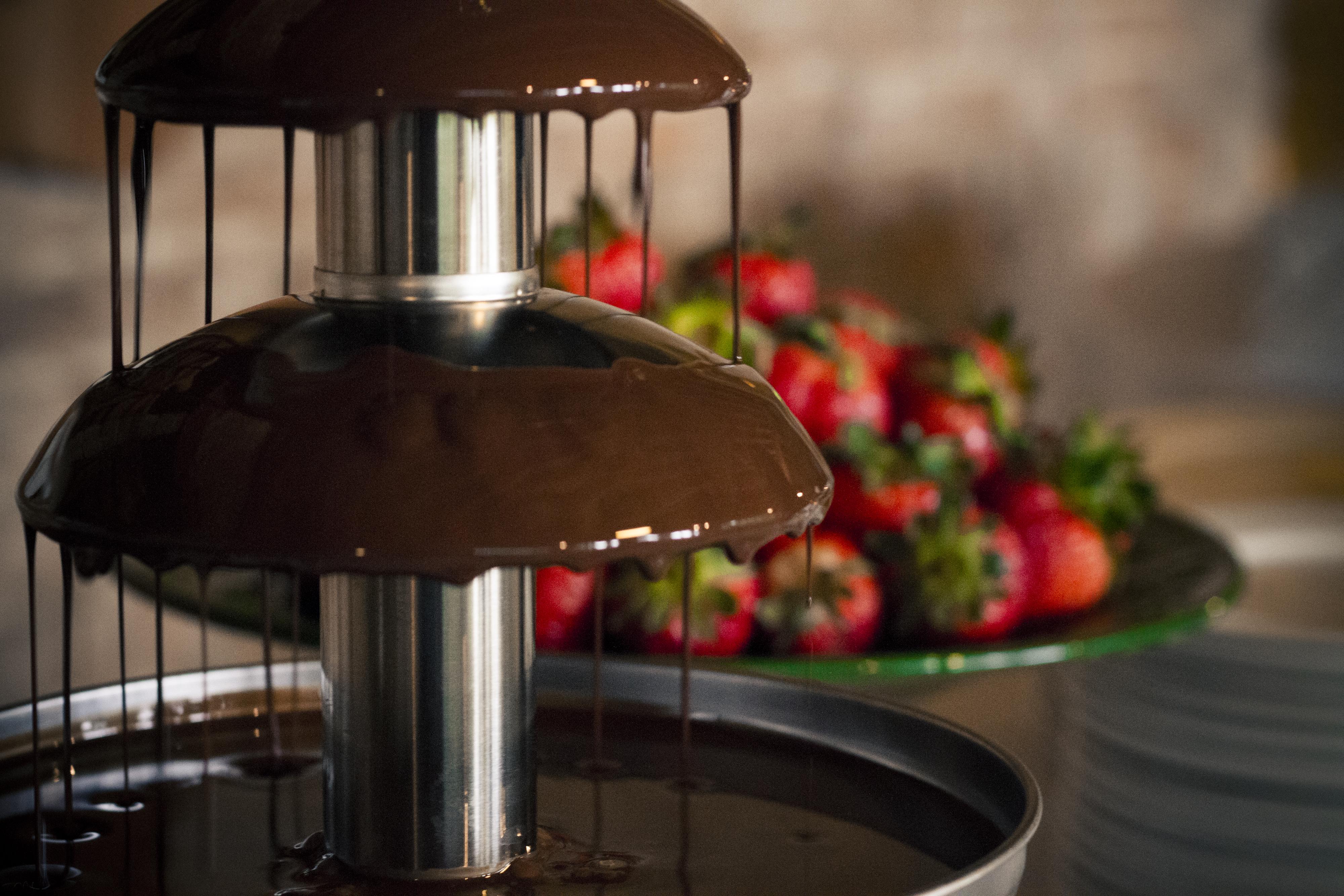 fontana di cioccolato catering la mandolina